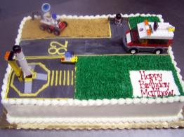 LEGO-BIRTHDAY-CAKE.jpg