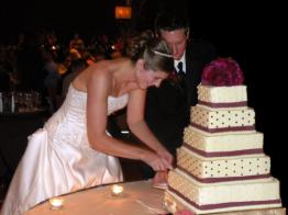 WeddingCakeCut.jpg
